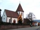 Weihnachtliche  Stimmung an der Dorfkirche